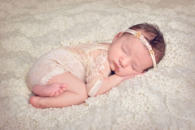 Classic and Vintage Newborn Photography