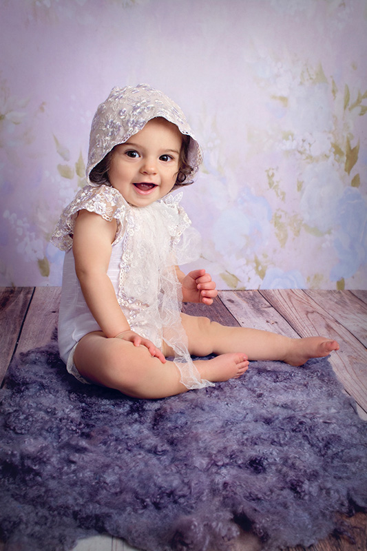 Little_Girl_Purple_Bonnet